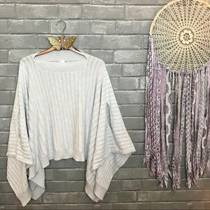 lululemon athletica // forward flow cape poncho os